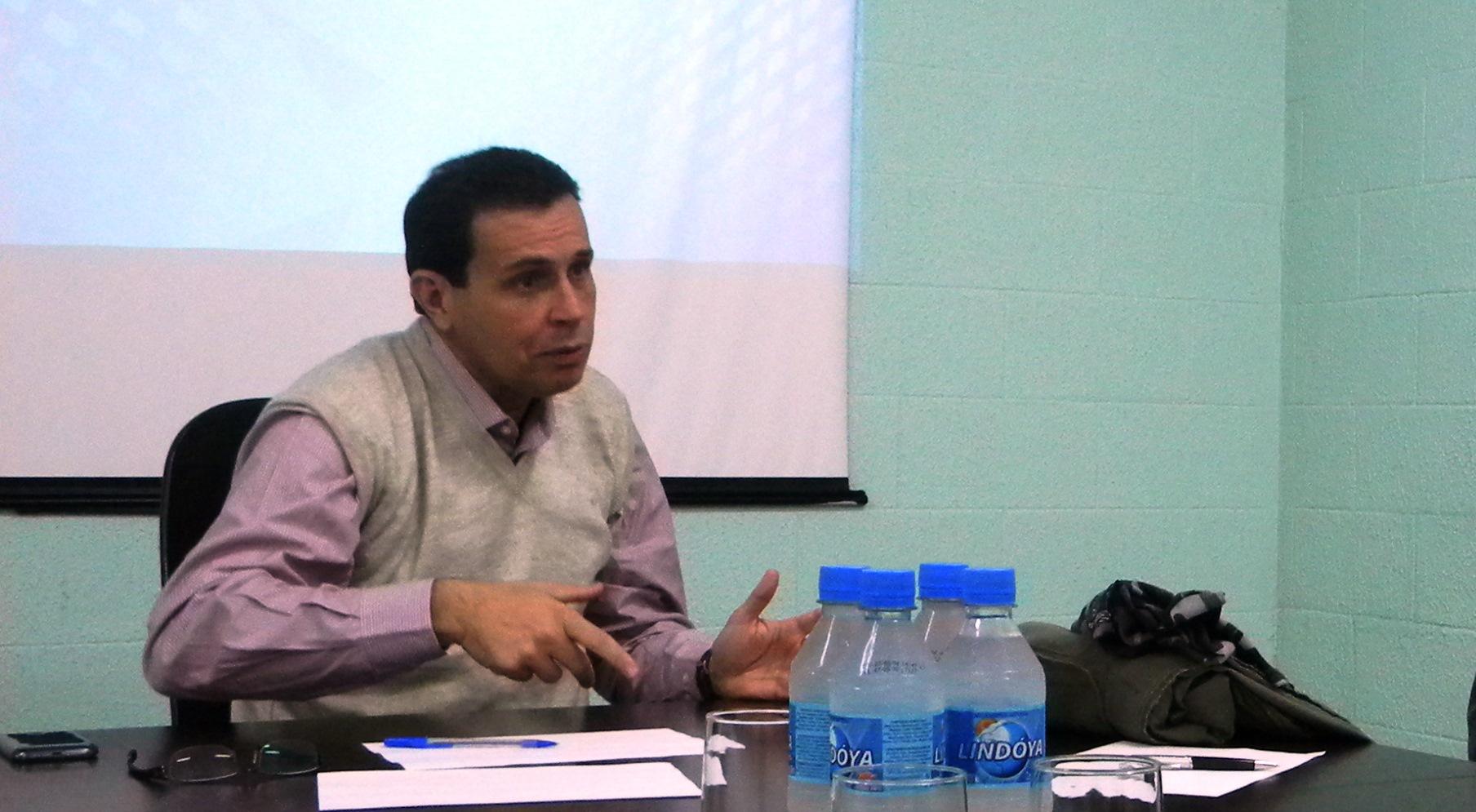 FOLHA DE SÃO PAULO: Auditoria liga ex-chefe de presídios de SP a fornecedores de secretaria