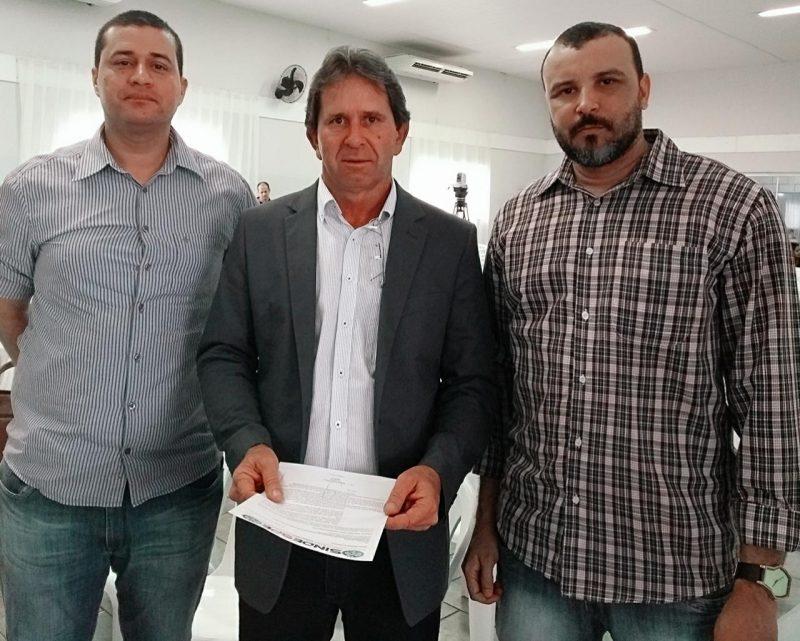 Jader Barbosa (Sindespe), Roberto Medina (Coordenador CRO) e William Nunes (Sindespe)